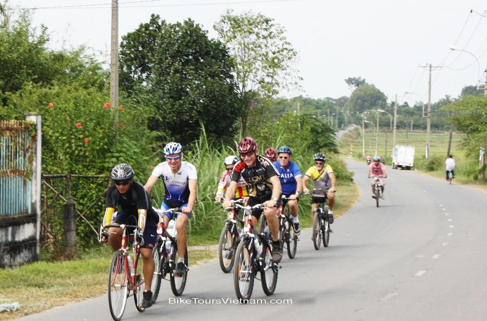 Biketoursvietnam.com